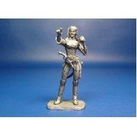 Пиратка оловянная миниатюра