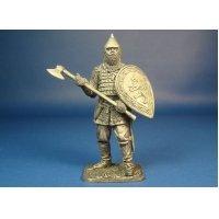 Русский воин с топором, XIV век оловянная миниатюра