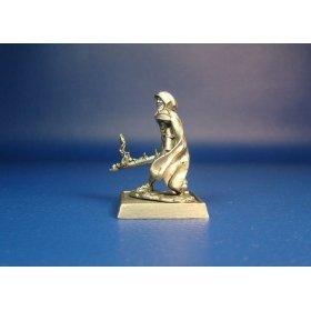 Охотница за Нежитью Жюстин оловянная миниатюра